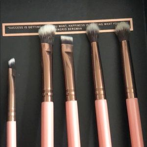 Brand new 5 piece brush set!! $45 value